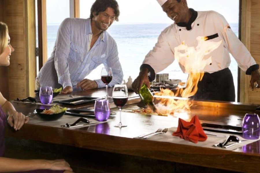 Resort Maldive Vilamendhoo Island Resort & Spa ristorante asian wok