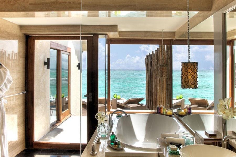 Resort Maldive Vivanta by Taj Coral Reef water villa