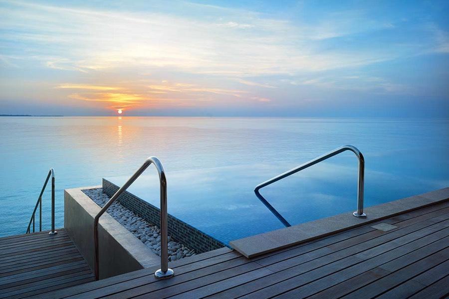 Resort Maldive Velaa Private Island deluxe water pool villa