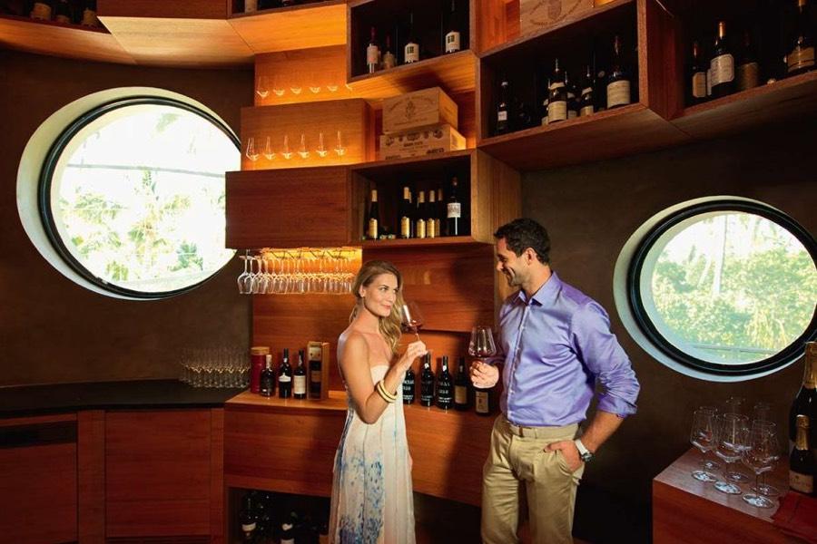Resort Maldive Velaa Private Island wine lounge wine cellar