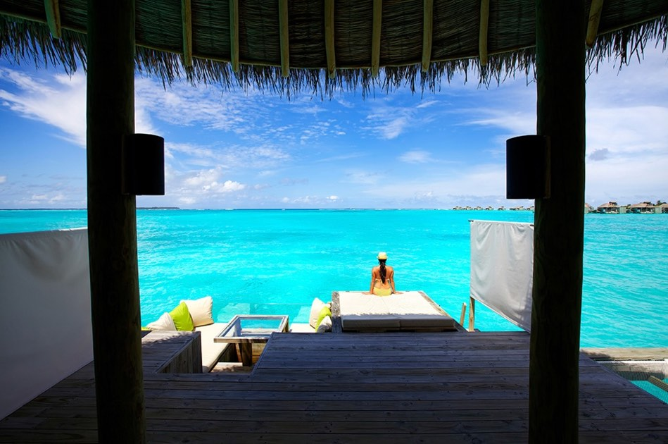 Resort Maldive Six Senses Laaamu ocean water villa