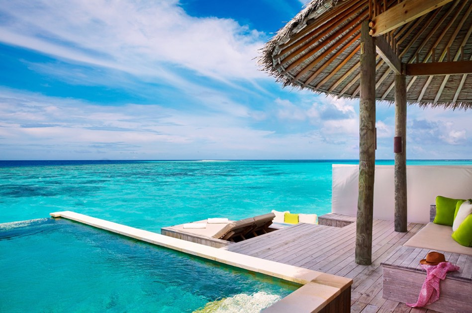 Resort Maldive Six Senses Laaamu laamu water villa with pool