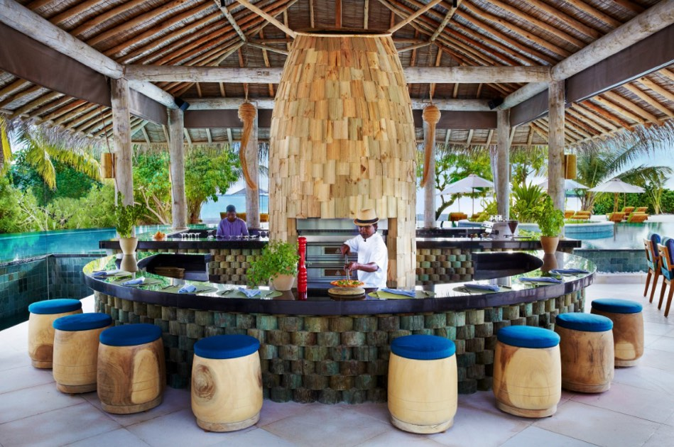 Resort Maldive Six Senses Laaamu cocktail bar Sip Sip