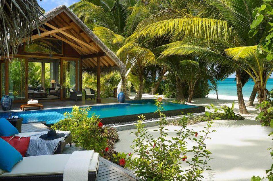 Resort Maldive Shangri-La's Villingili Resort & Spa beach villa