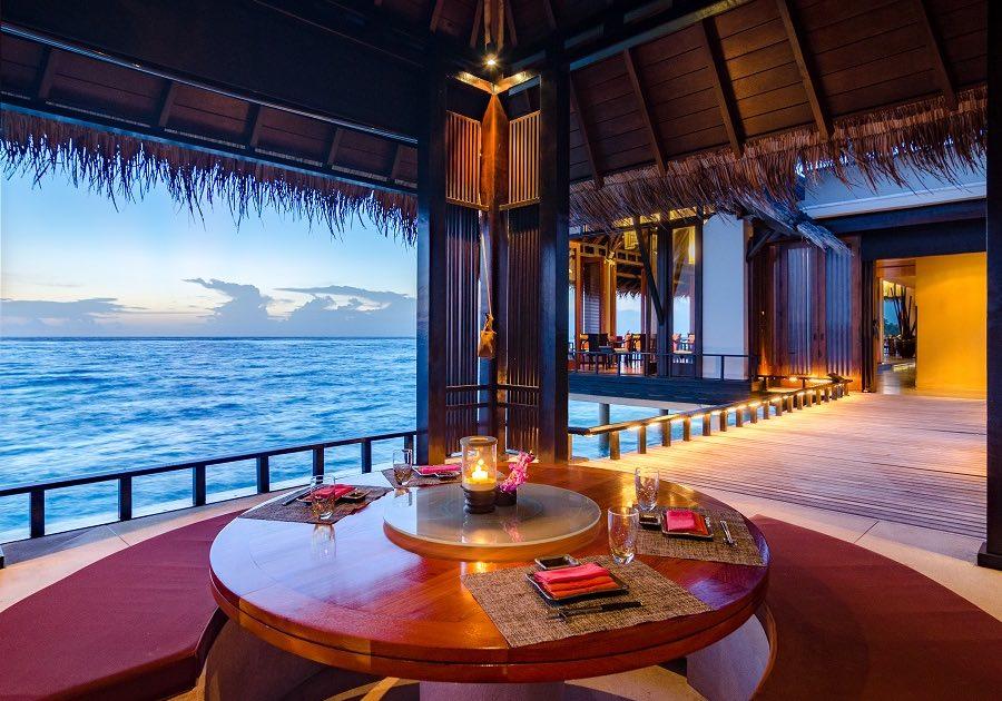 Resort Maldive One & Only Reehi Rah ristorante Tapasake