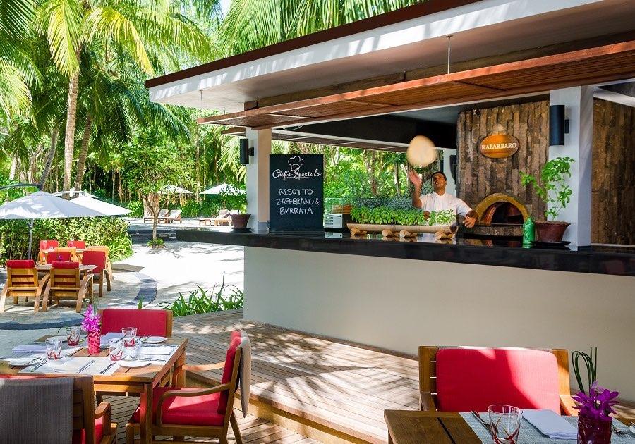 Resort Maldive One & Only Reehi Rah ristorante Rabarbaro