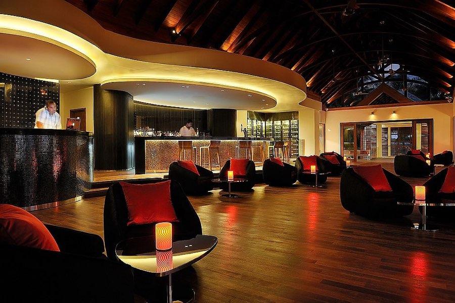 Resort Maldive Niyama per Aquum Resort rooftop bar Fahrenheit