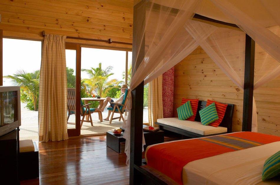 Resort Maldive Meer Island Resort & Spa jacuzzi beach villa
