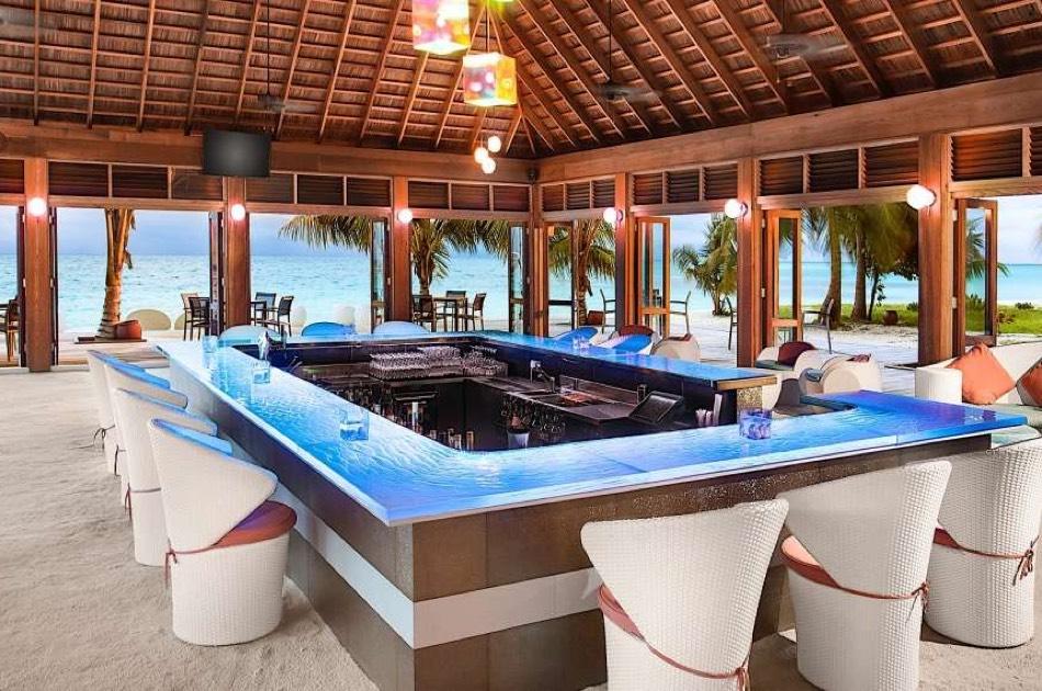 Resort Maldive Meer Island Resort & Spa The Dhoni