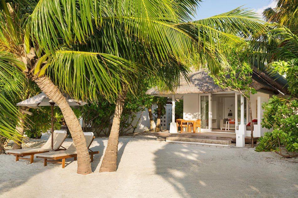 Resort Maldive Lux Maldives beach pool villa
