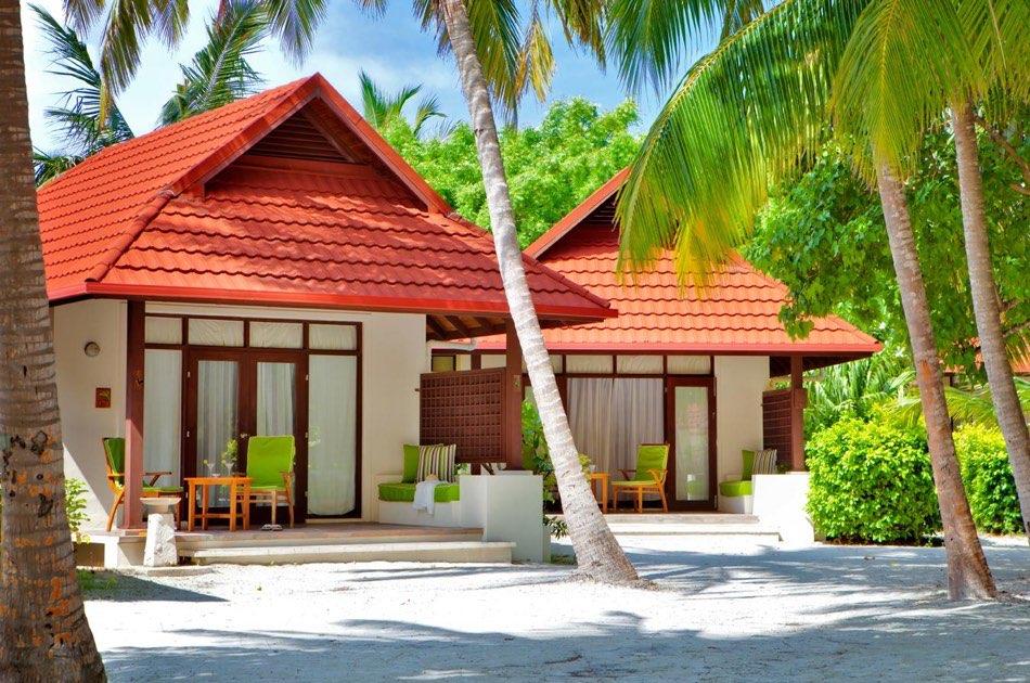 Resort Maldive Kurumba Maldives deluxe bungalow