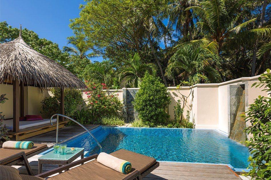 Resort Maldive Kurumba Maldives deluxe pool villa
