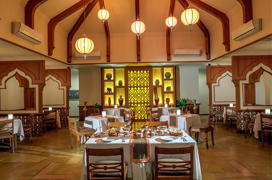 Resort Maldive Kurumba Maldives ristorante Mahal
