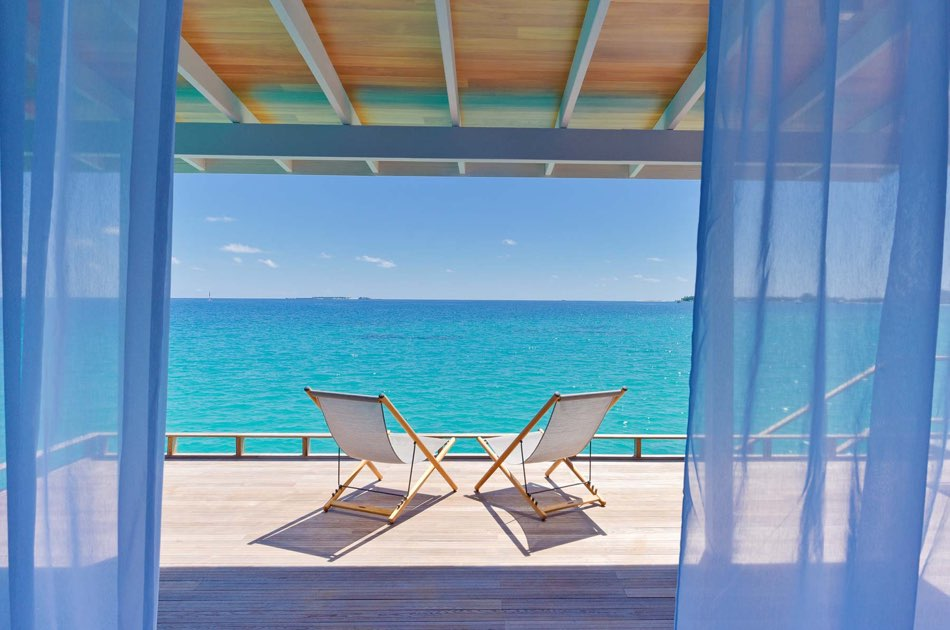 Resort Maldive Kuramathi Island resort deluxe water villa
