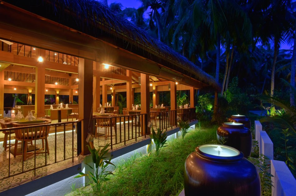 Resort Maldive Kuramathi Island resort ristorante Siam Garden