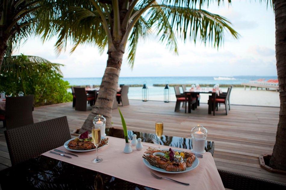 Resort Maldive Kuramathi Island resort ristorante Island Barbecue