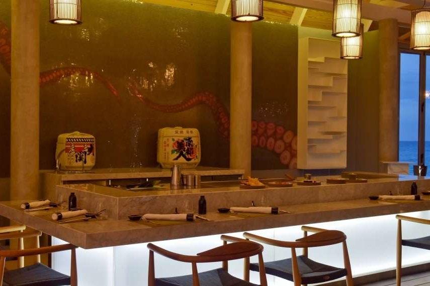Resort Maldive Kuramathi Island resort ristorante Kobe