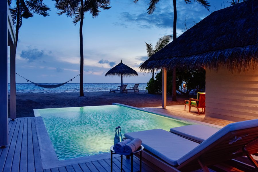 Resort Malidve Kanuhura grand beach pool villa