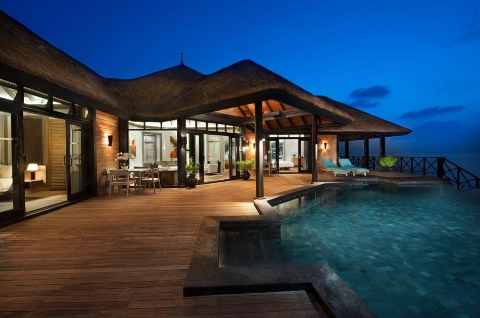 Resort Maldive Ja Manafaru royal island royal island two bedroom suite with infinity pool