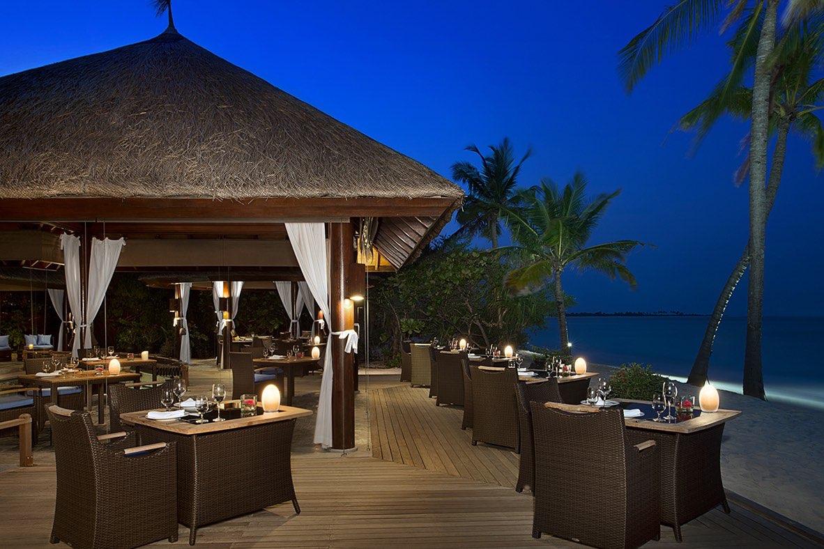 Resort Maldive Ja Manafaru royal island ristorante ocean grill