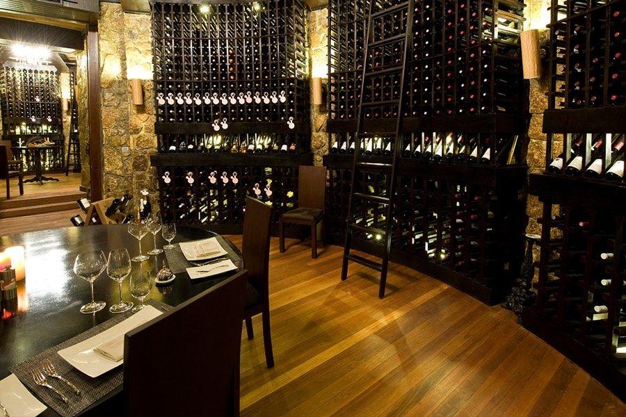 Resort Maldive Ja Manafaru royal island ristorante the cellar