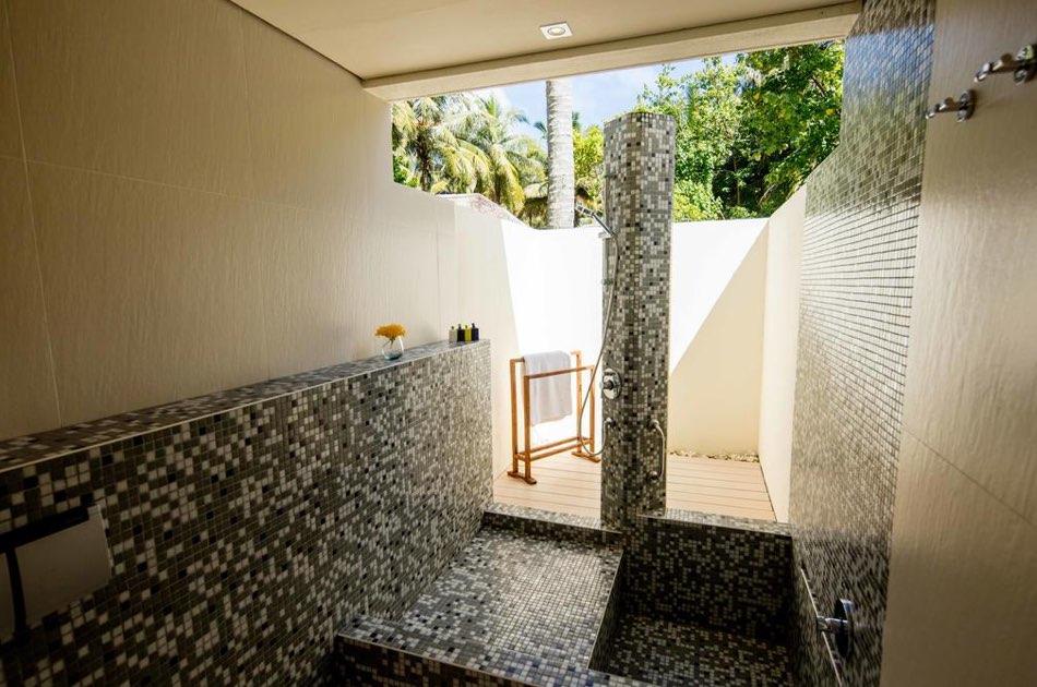 Resort Maldive Kandoma Holiday Inn Resort beach villa