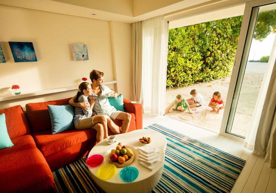 Resort Maldive Kandoma Holiday Inn Resort family beach house