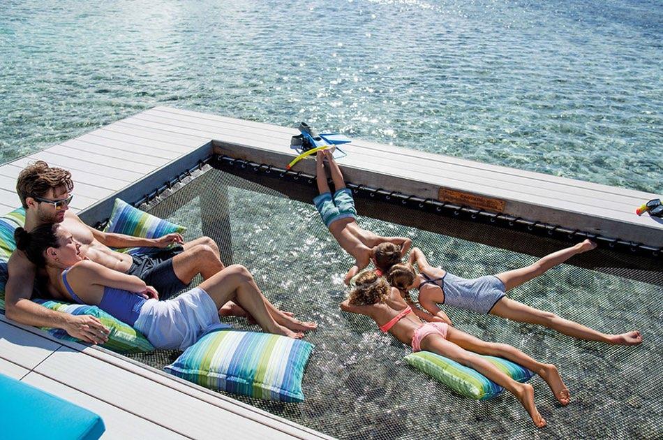 Resort Maldive Kandoma Holiday Inn Resort family overwater villa