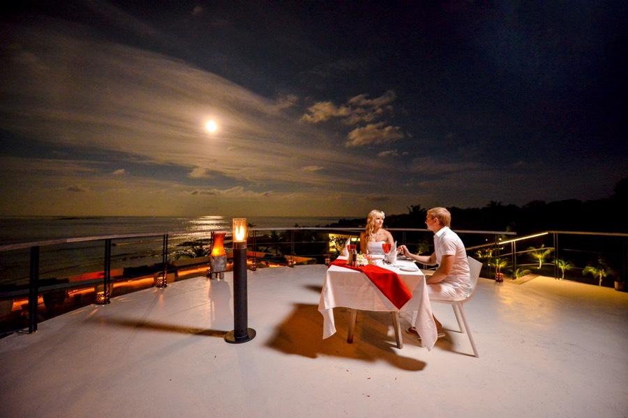 Resort Maldive Kandoma Holiday Inn Resort Kandooma Cena privata