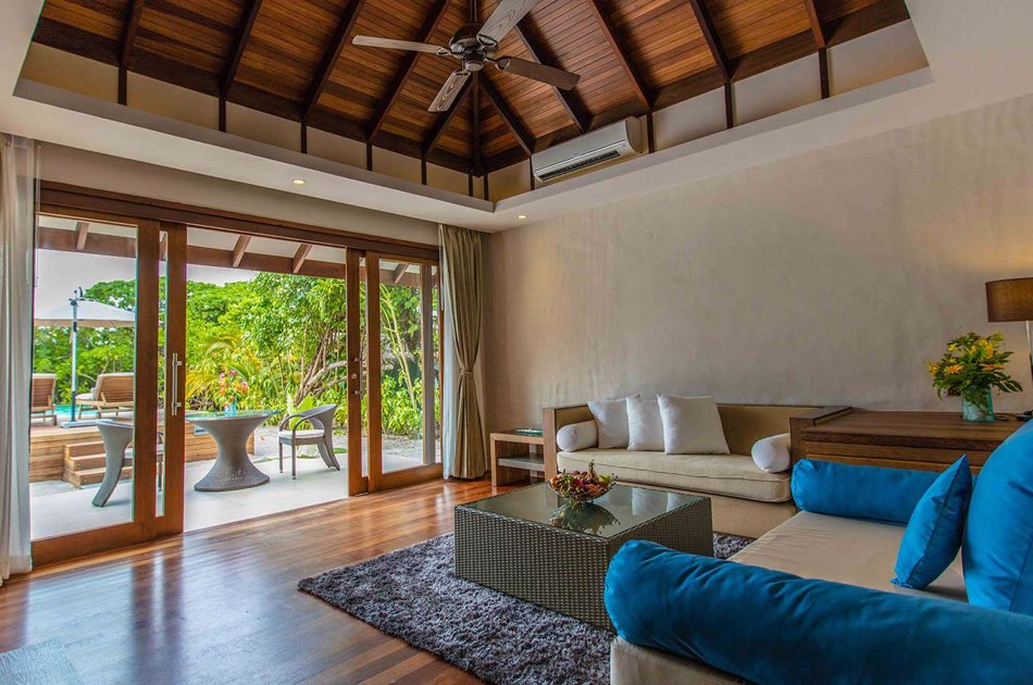 Resort Maldive Hideaway Beach Resort & Spa sunset beach villa with pool