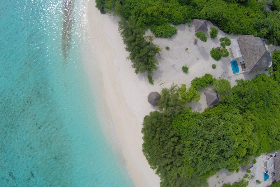 Resort Maldive Hideaway Beach Resort & Spa beach residence with pool
