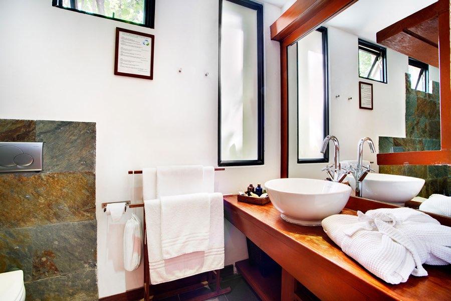 Resort Maldive Gangehi Island Resort & Spa club room