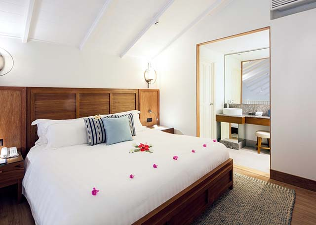 Centara Grand Island Resort Maldive beach suite