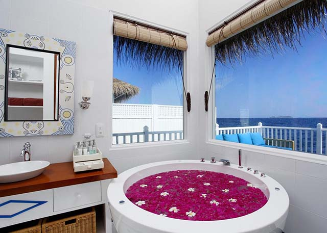 Centara Grand Island Resort Maldive deluxe family water villa