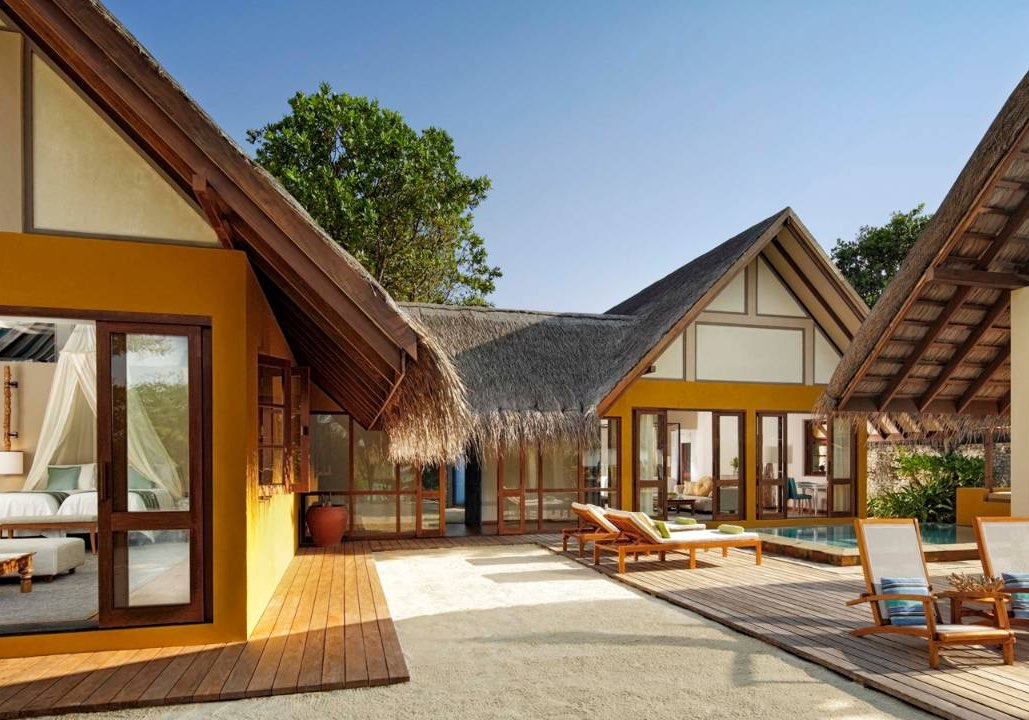 Resort Maldive Four Season Maldives at Landaa Giravaaru 2 bedroom family beach bungalow with pool