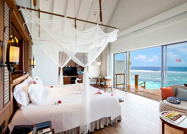 Centara Grand Island Resort Maldive ocean water villa