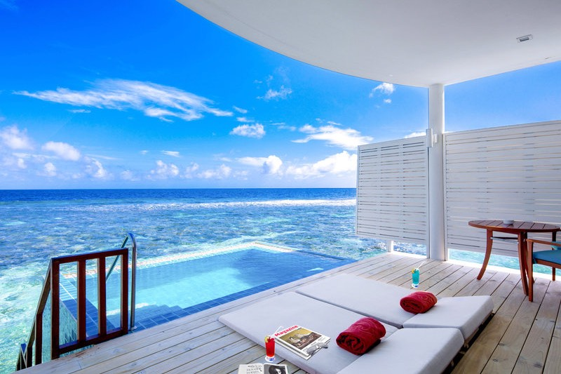 Centara Grand Island Resort Maldive sunset pool villa