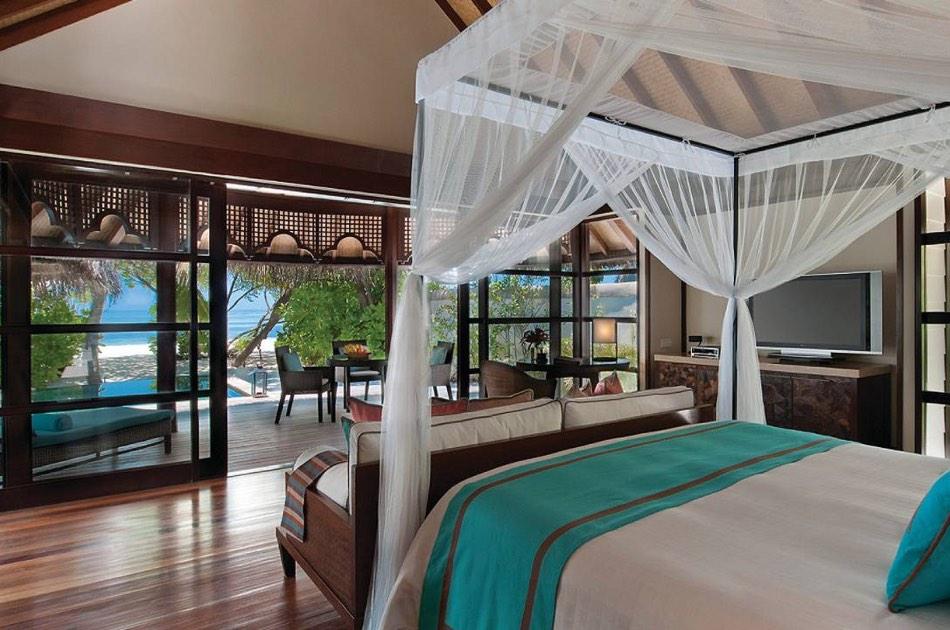 Resort Maldive Four Season Resort Kuda Huraa beach bungalow