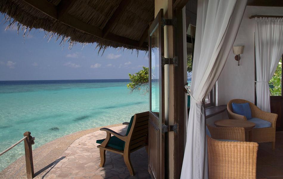 Coco Palm Dhuni Kolhu resort Maldive ocean front villa