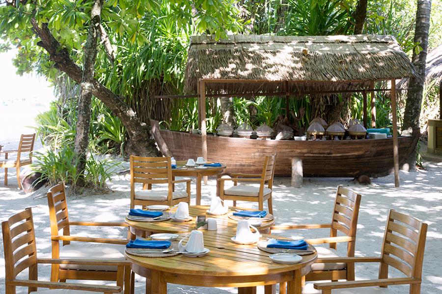 Coco Palm Dhuni Kolhu resort Maldive ristorante Cornus