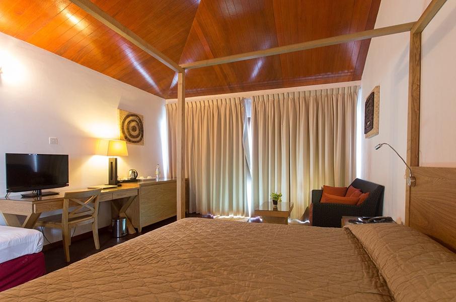 Viaggio alle Maldive Embudu resort