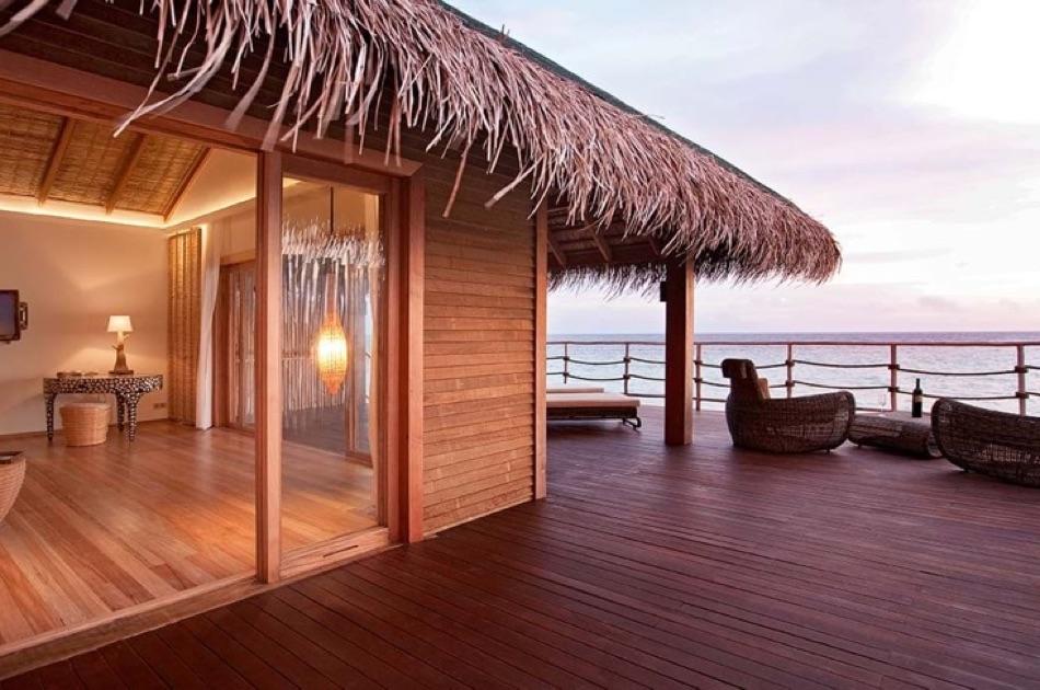 Resort Maldive Constance Moofushi water villa