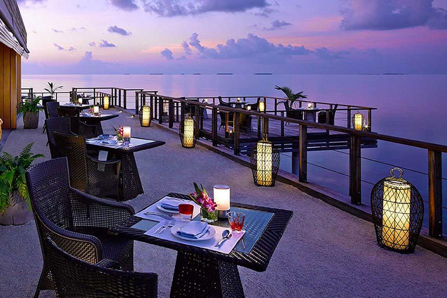 Resort Maldive Dusit Thani beach ristorante Benjarong