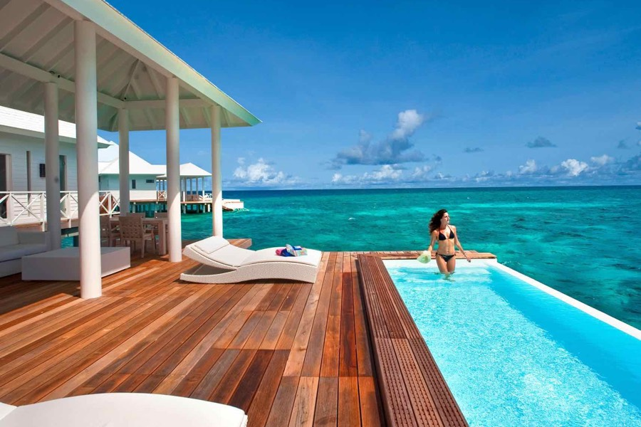 Resort Maldive Diamonds Thudufushi jacuzzi water villa