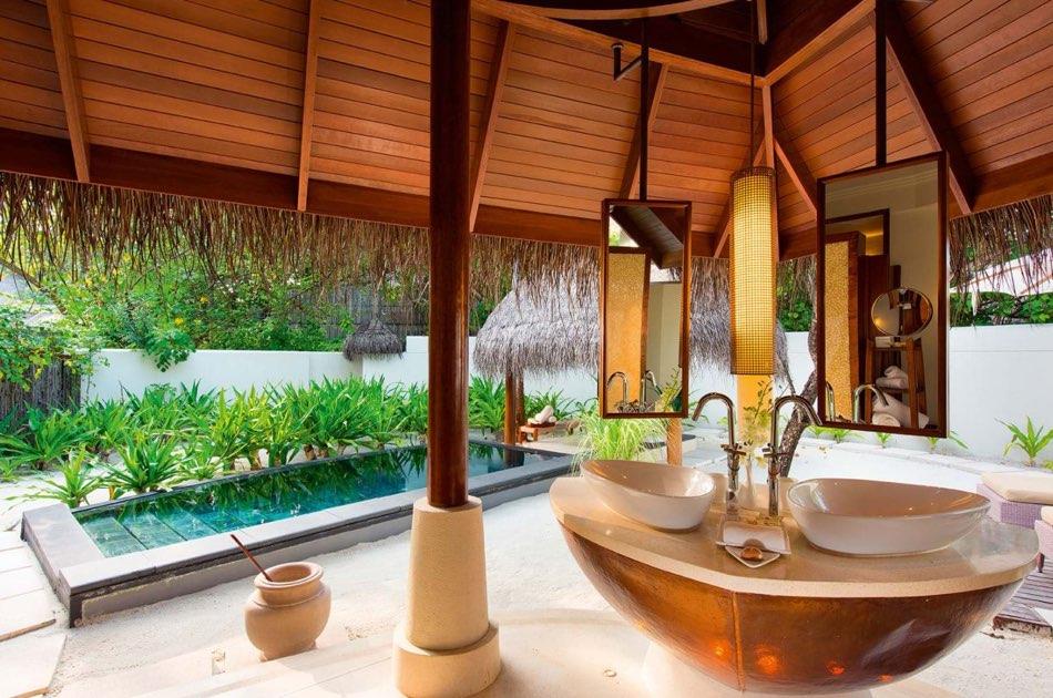 Ristorante Maldive Constance Halaveli family beach villa