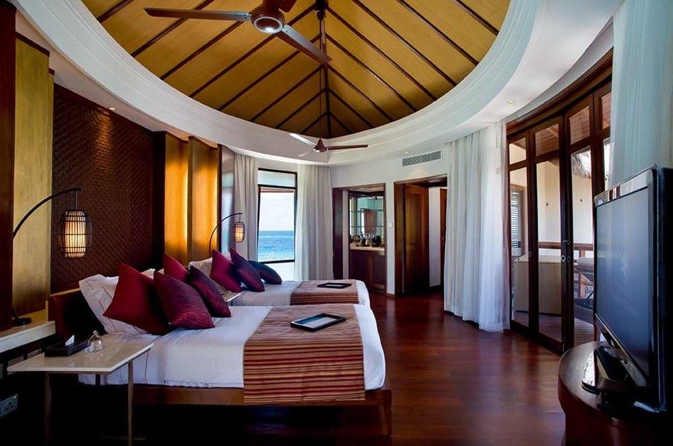 Ristorante Maldive Constance Halaveli presidential beach villa