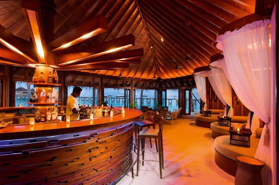 Ristorante Maldive Constance Halaveli bar Jahaza
