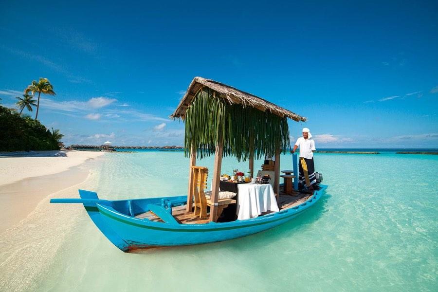 Ristorante Maldive Constance Halaveli colazione