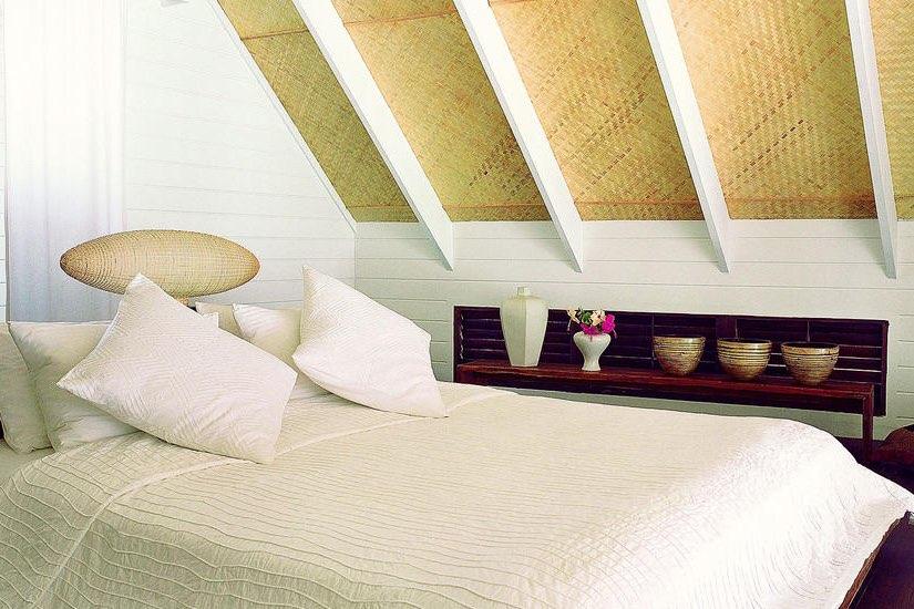 Cocoa Island resort Maldive Dhoni loft suite