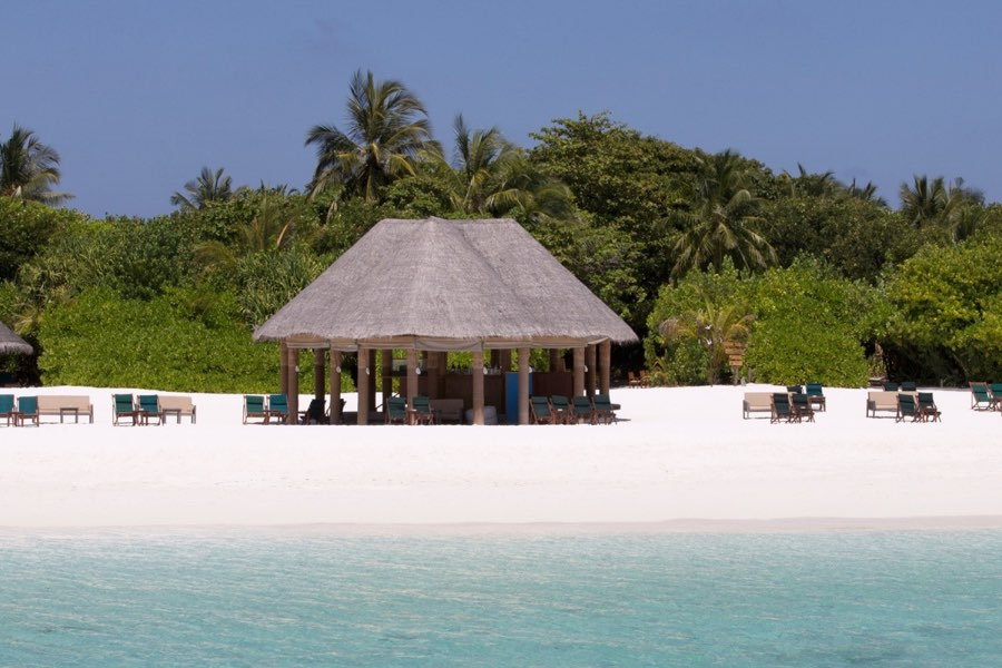 Coco Palm Dhuni Kolhu resort Maldive Beach Bar